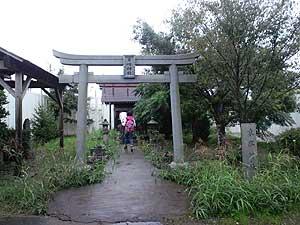 10・10三里塚全国集会、東峰神社に参拝