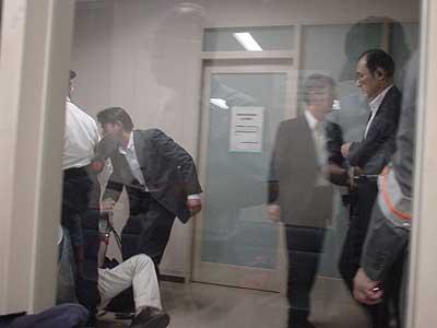 三里塚・東京高裁での弾圧