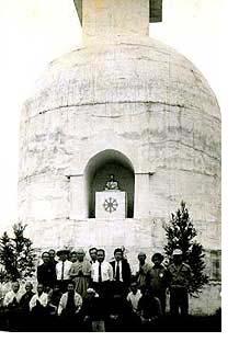 実物の平和塔