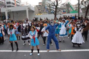 2007.03.25 驚異的人数でハレ晴レユカイを踊るoff in 秋葉原