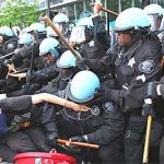 オキュパイ・シカゴ!NATOサミットに反対して数千人がデモ