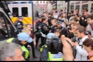 2013.06.11 イギリスG8サミット抗議行動 in ロンドン-緊縮策に苦しむ99%の市民の声を聞け