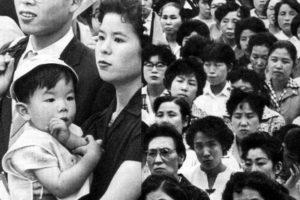 60年安保 国会前に集まった人々
