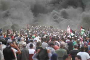 イスラエル軍発砲で60人以上が死亡 米大使館エルサレム移転抗議デモ