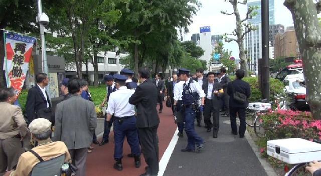 テントひろば声明 : 警察は不当な弾圧を止めよ!Bさんを直ちに釈放せよ!