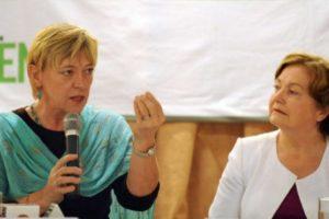 ノーベル平和賞の女性5人が橋下発言を 「最も強い言葉で非難する」声明