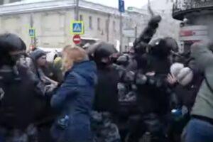2021.01.23 ロシア全土で反政府デモ 機動隊の弾圧で3000人以上が拘束~「〇〇ファースト」な思考が人々を不幸にする