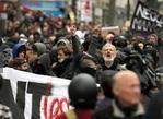 2017.05.08 マクロン仏新大統領に抗議デモ、警察と衝突 パリ